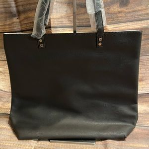 Thirty-One Around Town Tote in Charcoal Pebble